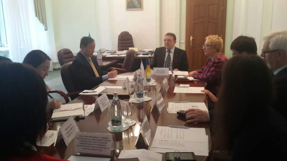Зустріч з ректором Київського національного лінгвістичного університету