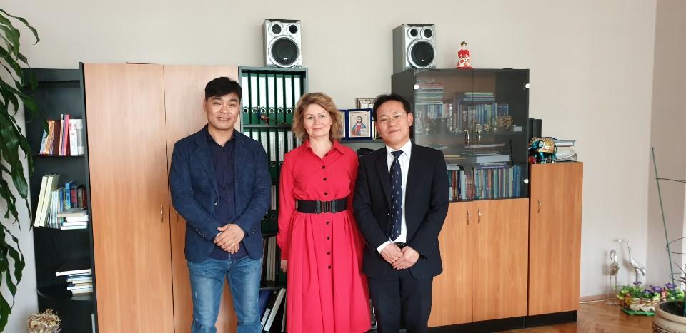 김나지아 290학교 방문
