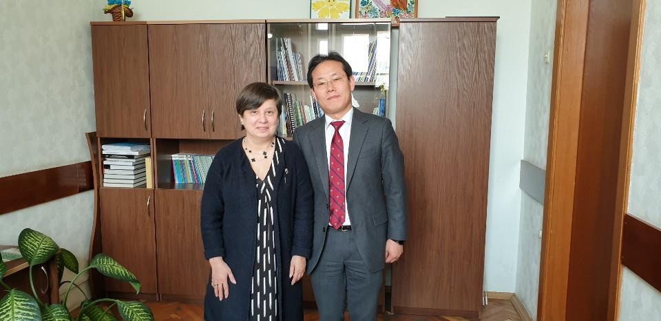 Зустріч з пані Оксаною Коваленко, головним спеціалістом департаменту загальної та дошкільної освіти МОН України