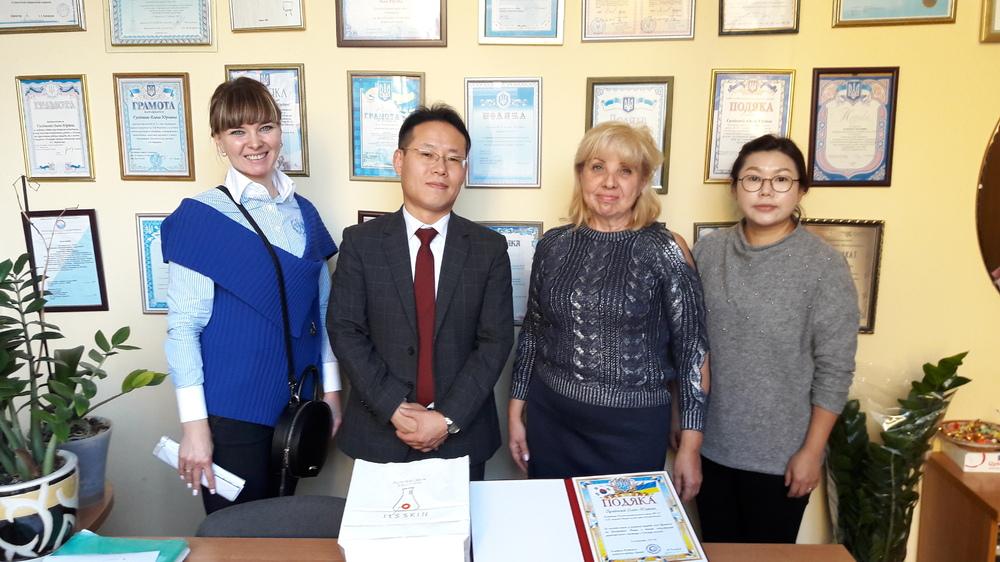 오데사 한국어 채택학교 방문