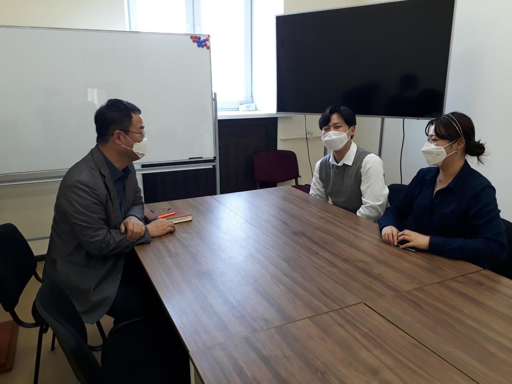 우크라이나 한국유학생 임원단을  면담