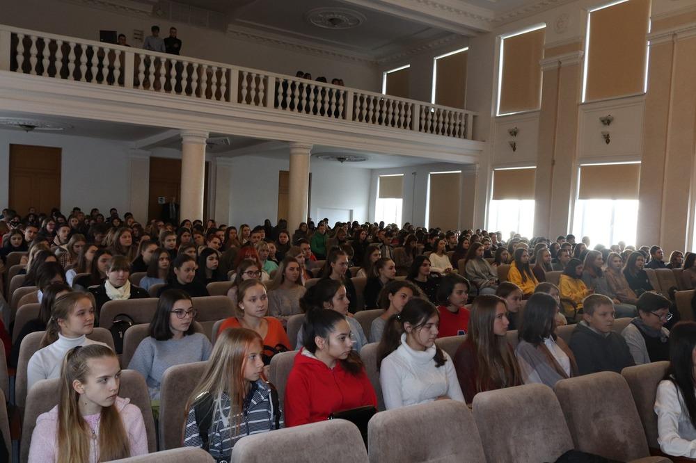 우크라이나국립세무대학 및 정수리학교 방문